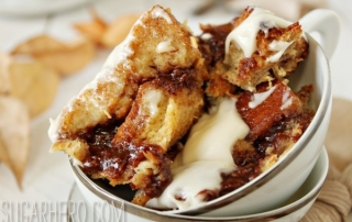 cinnamon-roll-bread-pudding-2_thumb.jpg