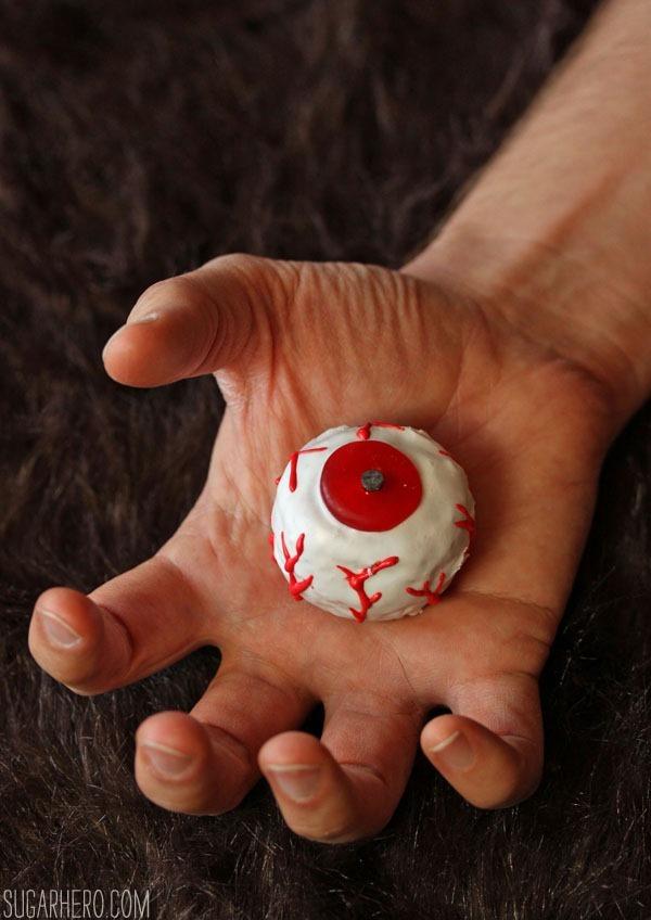 Doughnut Hole Monster Eyeballs | SugarHero.com
