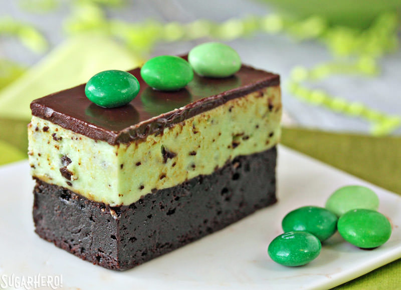 Mint Chocolate Chip Mousse Brownies - SugarHero