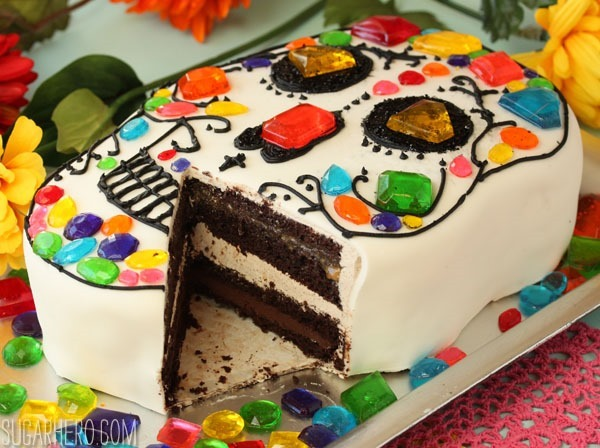Skull Cake for Dia de los Muertos | SugarHero.com
