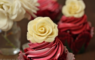 chocolate-rose-cupcakes-4.jpg