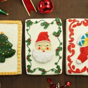 Vintage Christmas Card Cakes | From SugarHero.com