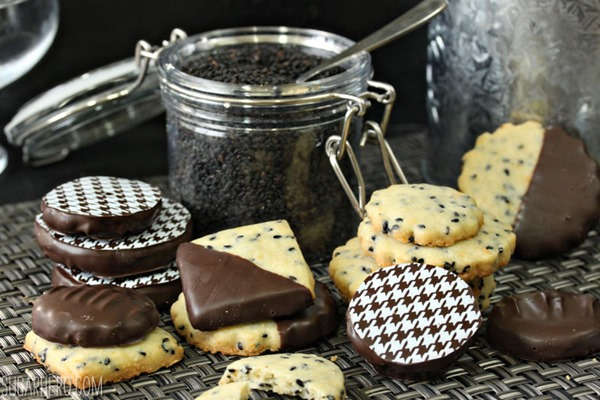 Black Sesame Shortbread Cookies | From SugarHero.com