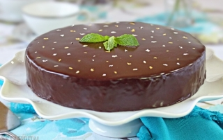 peppermint-patty-flourless-chocolate-cake-1