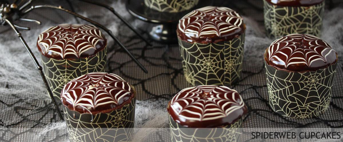 spiderweb-cupcakes-3