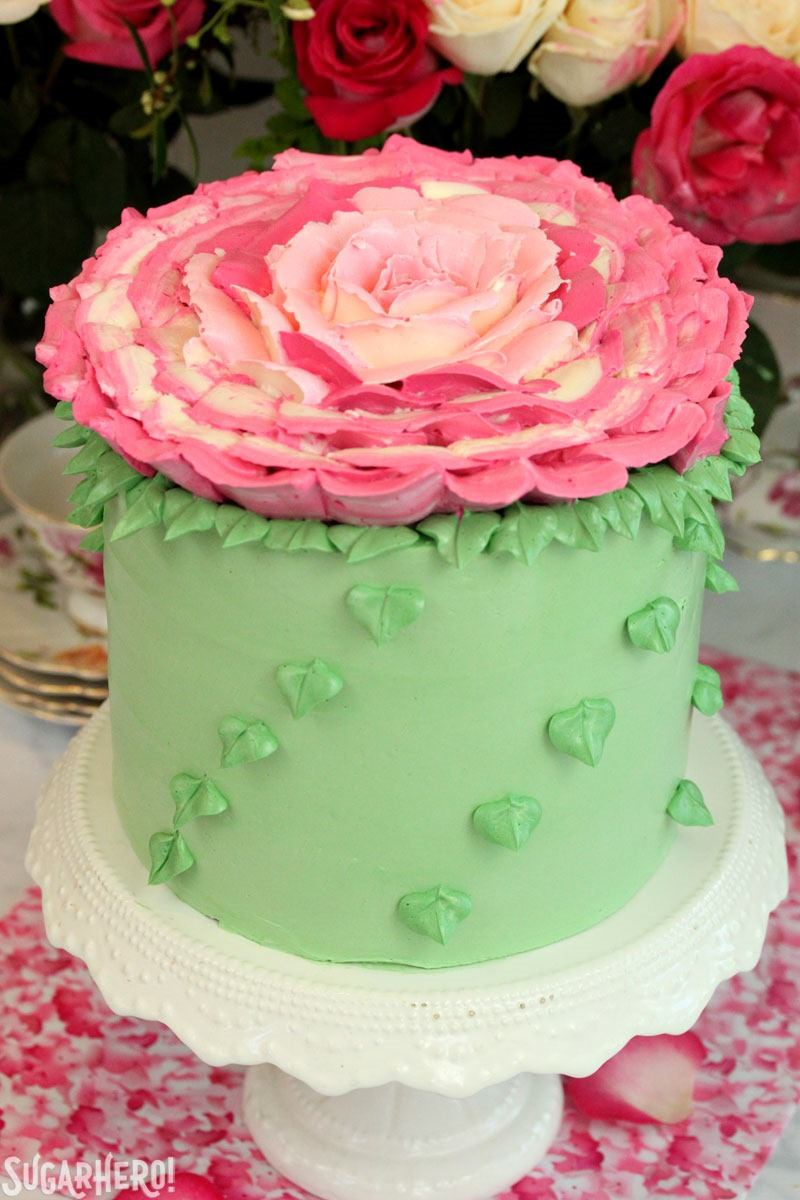 how to make roses with frosting on a cake