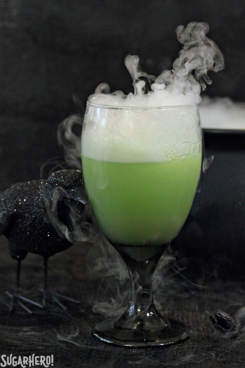 witch's brew halloween punch - sugarhero