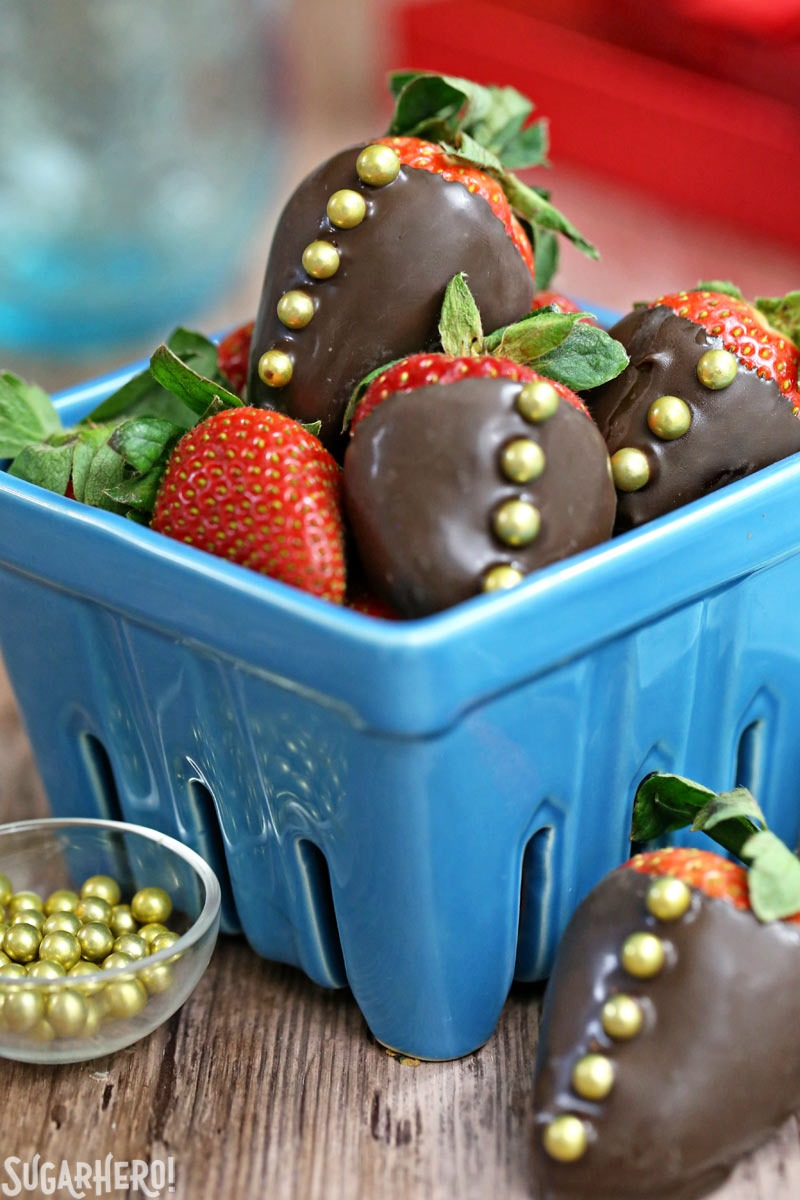 Chocolate-Covered Strawberries 5 Ways - 5 easy tricks to making gorgeous chocolate-dipped strawberries! | From SugarHero.com