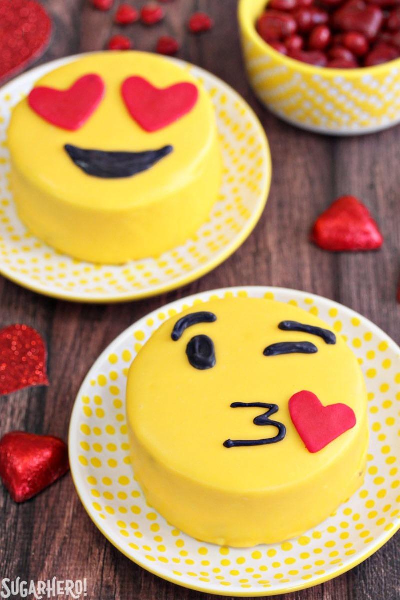 Wedding Cake Emoji