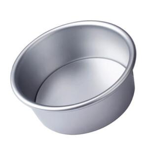 4-inch cake pan | From SugarHero.com