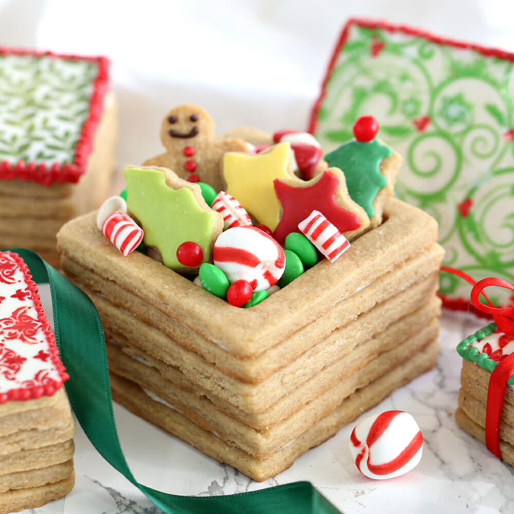 & Christmas Present Cookie Boxes - SugarHero