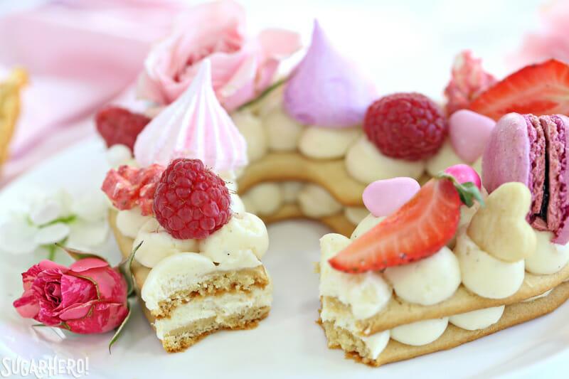 Cake Decorate With Cream