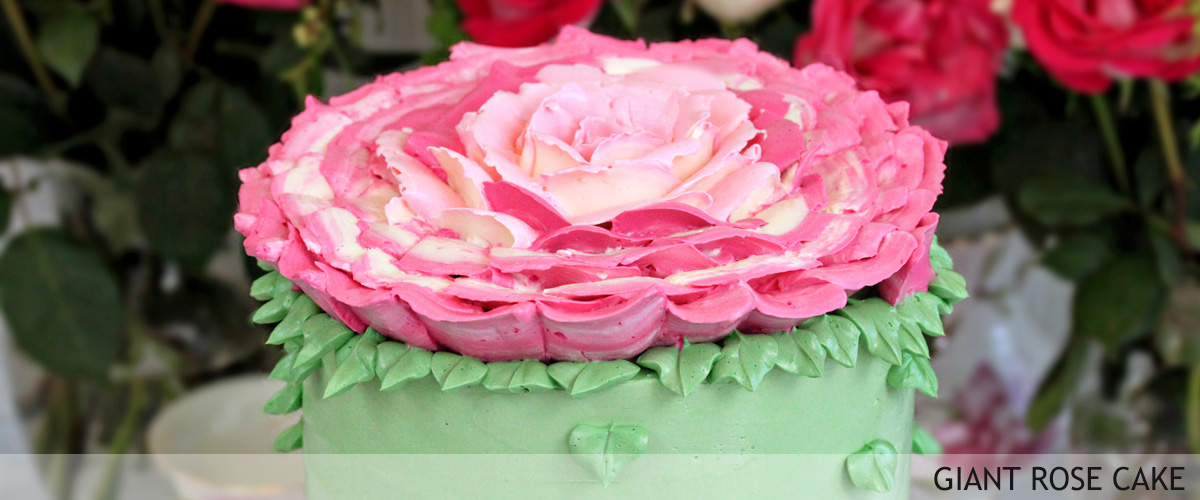 giant-rose-cake-slider