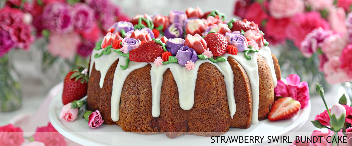strawberry-swirl-bundt-cake